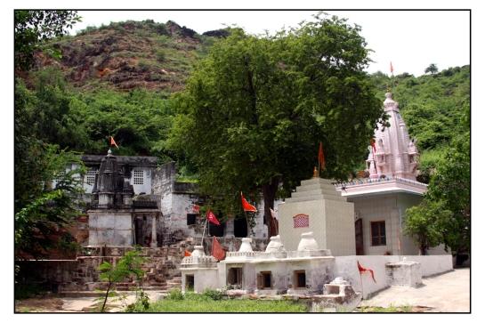 Tapkeshwari Mataji Mandir, Nr. Bharapar - BHUJ
